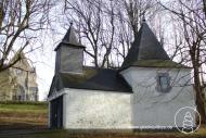 Marienkapelle auf dem Ziegenberg bei Lüttich. Hoch über dem Tal der Weser lag hier einst die Burg der Großeltern Karls des Großen