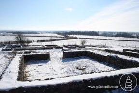 Der gallorömische Tempelbezirk Varnenum im Winter. Die Ausgrabungsstätte östlich von Kornelimünster war einst Heiligtum zu Ehren der Göttin Sunuxsal und der örtlichen Schutzgottheit Varneno.